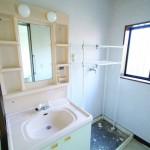 洗面化粧台、洗濯機置き場(内装)