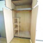 各居室に収納スペースあり(内装)