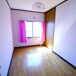2階中部屋洋室5帖(内装)