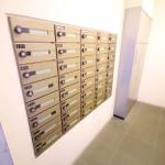 郵便物を内側から受け取り可能な便利なポスト!